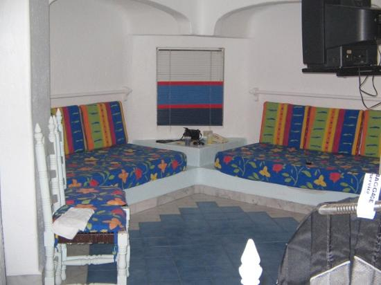 Gran Festivall All Inclusive Resort: living area with