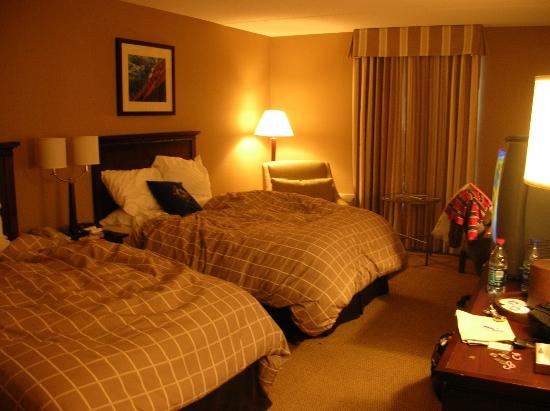Salem Waterfront Hotel & Suites: Our room