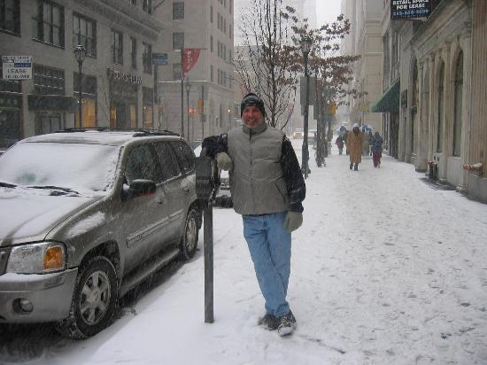 Doubletree by Hilton Philadelphia Center City: Lots of snow.I live in Key West