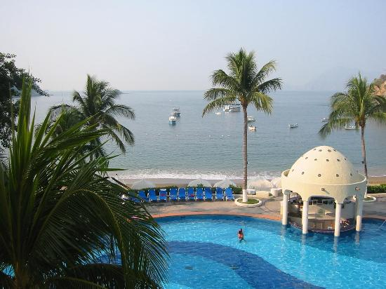 Tesoro Manzanillo : Pool View from our room 317