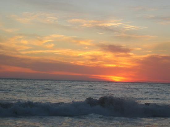 Casa Adriana: Sunset at Playa Larga
