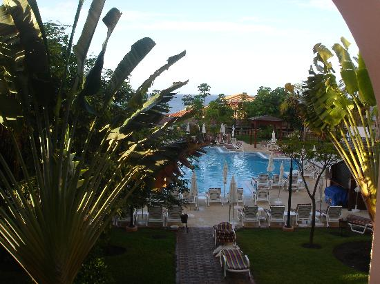 Iberostar Anthelia: butterfly block over looking heated pool