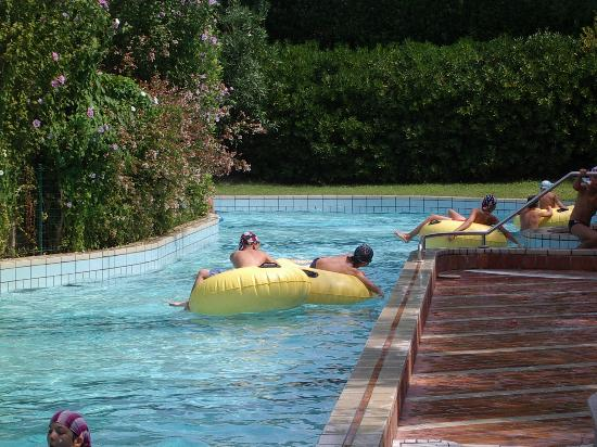 Union Lido Camping Lodging Hotel: Part of the lazy river complex