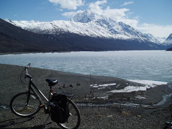 Anchorage, AK: Biking the Lakeside Tr at Eklutna SRA