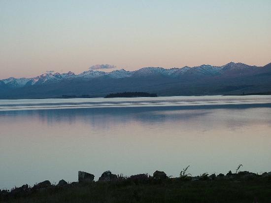 YHA Lake Tekapo: View from hostel garden as the sun went down