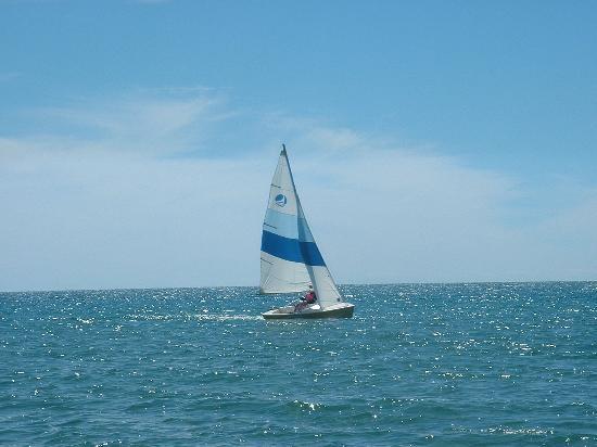 Sauble Beach: A sailing I will go....