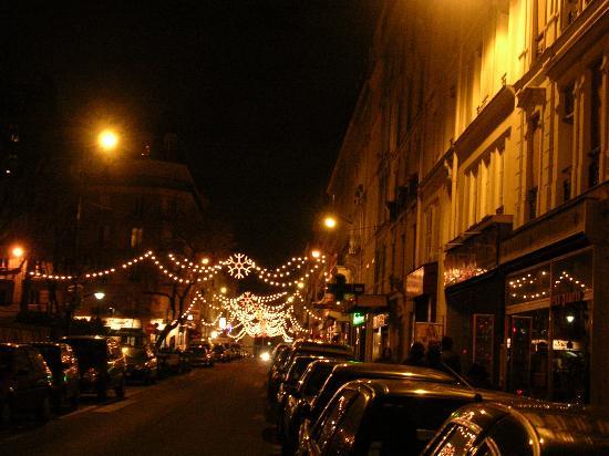 Hotel Aviatic: Rue Brezin
