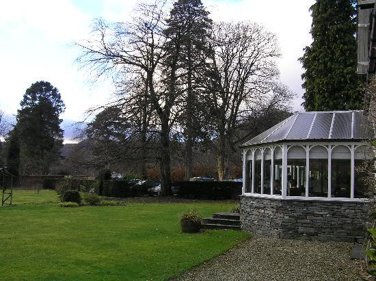 Rothay Garden Hotel: Conservatory restaurant, garden & car park