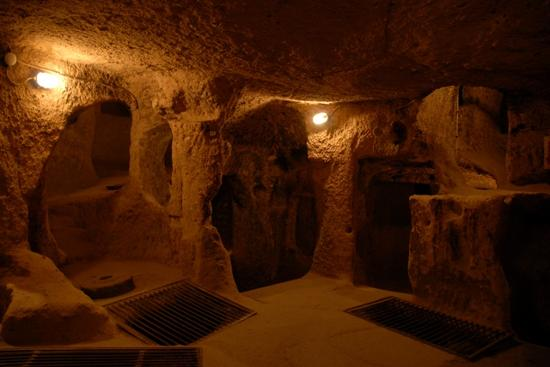 Nevsehir, Turquía: Living Quarters probably leading to sleeping chambers