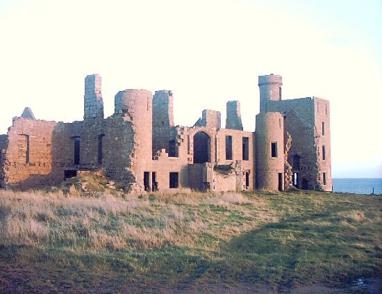 ‪Slains Castle‬