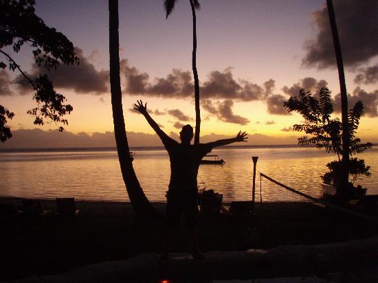 Mango Bay Resort Fiji: T-bone sunset