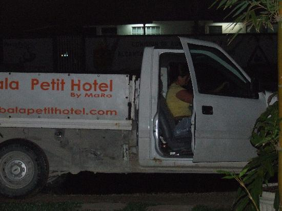Shambala Petit Hotel: In the Shambala truck