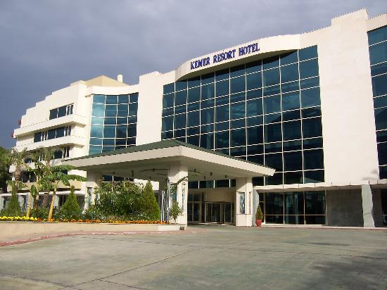 Barut Kemer : The Hotel Front Exterior