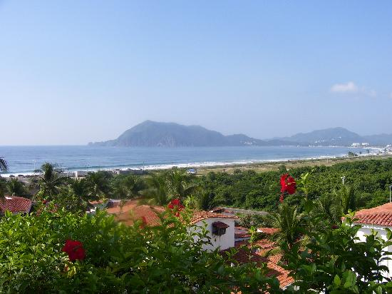Hotel Vista Playa de Oro Manzanillo: view from room