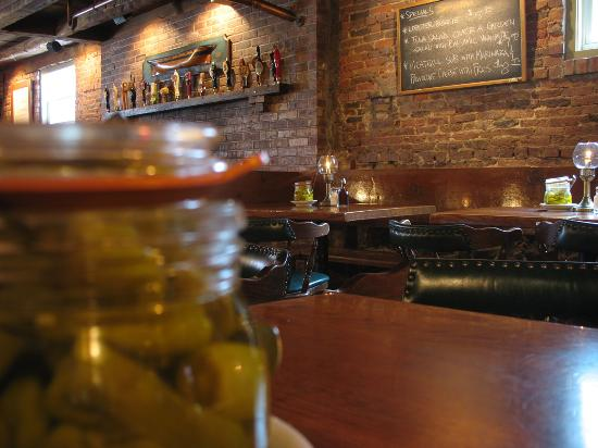 Newes From America Pub: View from a pepperoncini jar