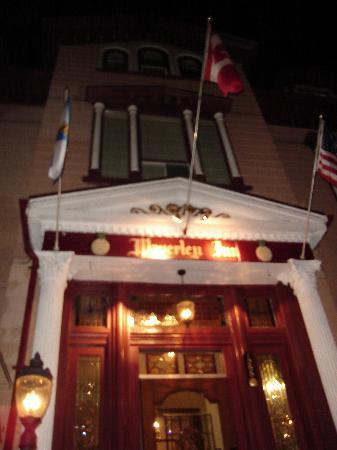 Waverley Inn: The front door