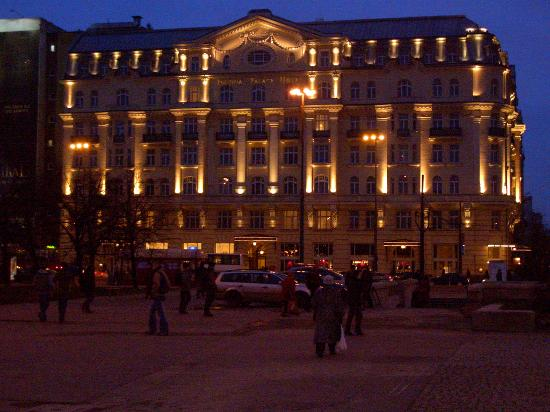 Polonia Palace Hotel: Outside