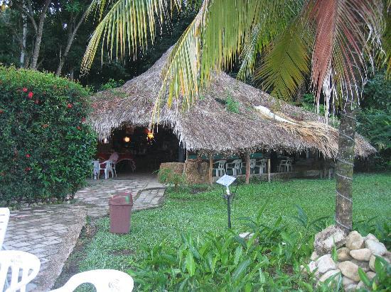 Cabanas Safari : dining room