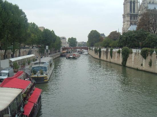 Hôtel Résidence Henri 4: take a boat cruise - gorgeous!