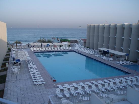 Sharjah Beach Hotel: View of Pool from Room Balcony
