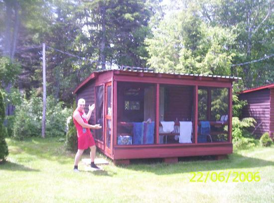 Miscou, Canada: Les cabines (je mesure 6 pieds)