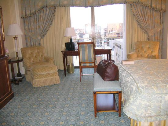 The Westgate Hotel: Room & view