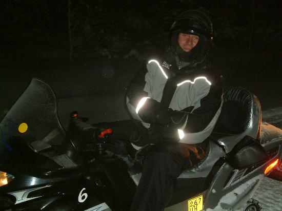 Hotel Iso-Syote: Suited up for Northern Lights Evening Skidoo Safari
