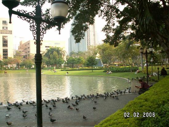 Benjasiri Park
