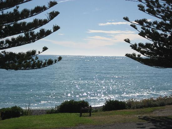 Kaikoura Waterfront Apartments: view from our balcony