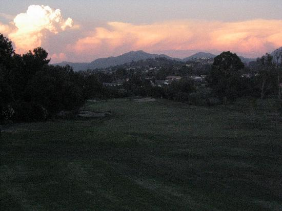 Rancho Bernardo Inn : 16th Hole at Sunset, Looking out towards local mountains