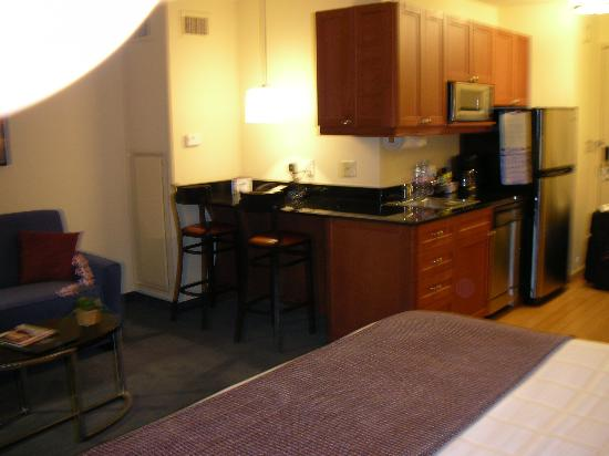 View of the Kitchenette - Picture of Residence Inn New York ...