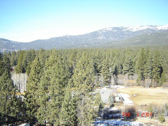 Hyatt Regency Lake Tahoe Resort, Spa and Casino: View of mountains from room 1223