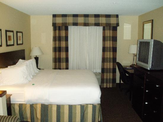Holiday Inn Express Fort Collins: Nice Comfortable Room