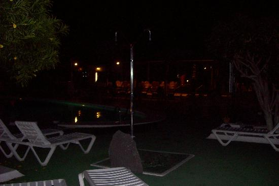Apartments Club Calypso : evening