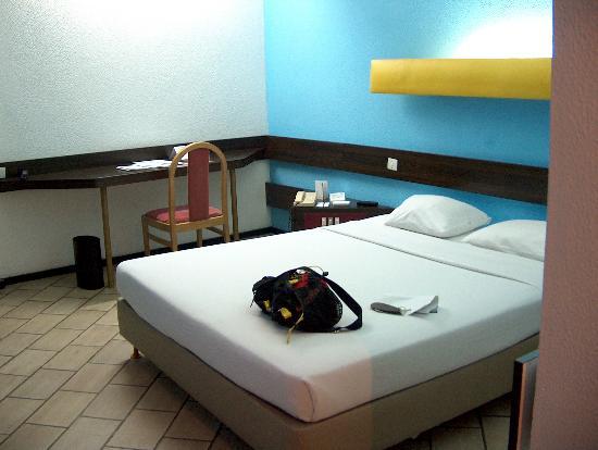 Ledger Plaza Maya Maya: Room