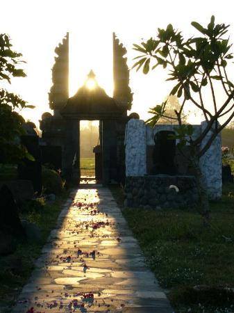 Java, Indonesia: Sunrise March equinox at sahasraadhipura temple