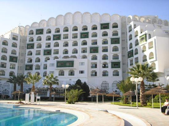 Marhaba Palace Hotel: Pool Area