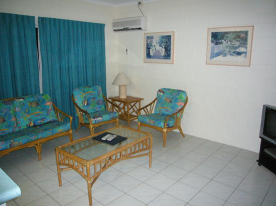 At the Mango Tree Holiday Apartments: Living Room