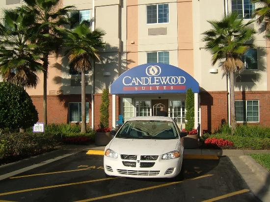 Candlewood Suites Lake Mary: Front entrance of the Hotel