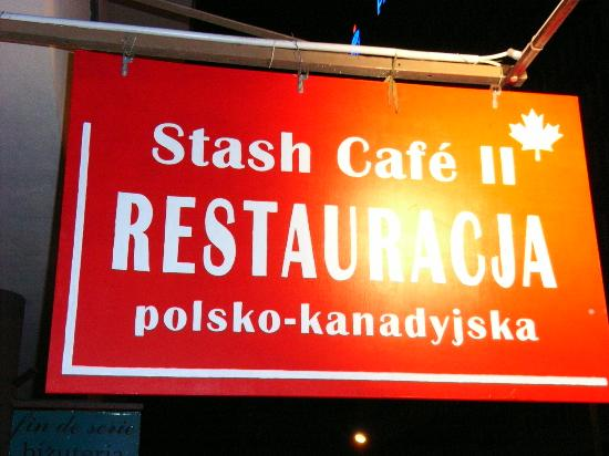 Polonia Palace Hotel: Stash Cafe right behind hotel