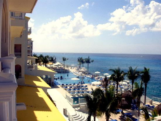 Cozumel Palace: hotel,pool,ocean
