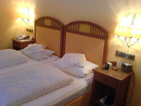 Relais & Chateaux Hotel Jagdhof Glashuette: Bedroom