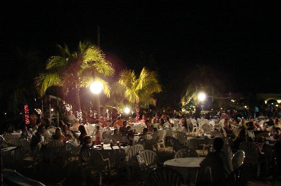 Beaches Negril Resort & Spa: Beach Party