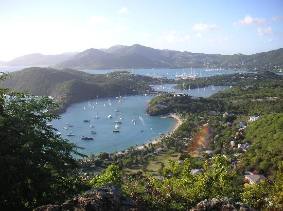 Antigua Village: Shirley heights-fab views