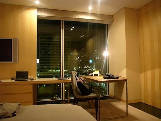 โฟร์ ซีซั่นส์ โฮเต็ล โตเกียว แอ็ท มารุโนอุชิ: Room