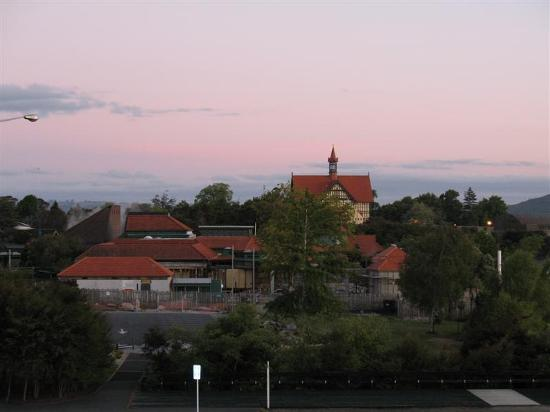 Sudima Hotel Lake Rotorua: View of the Rotorua Museum from the Sudima