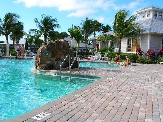 GreenLinks Golf Villas at Lely Resort: pool