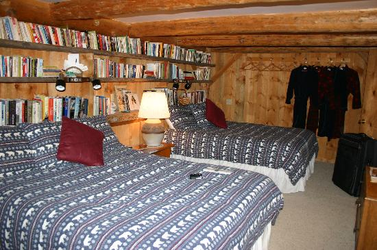 A Teton Tree House: Our bedroom had lots of books, local guidebooks and nice, comfy bathrobes