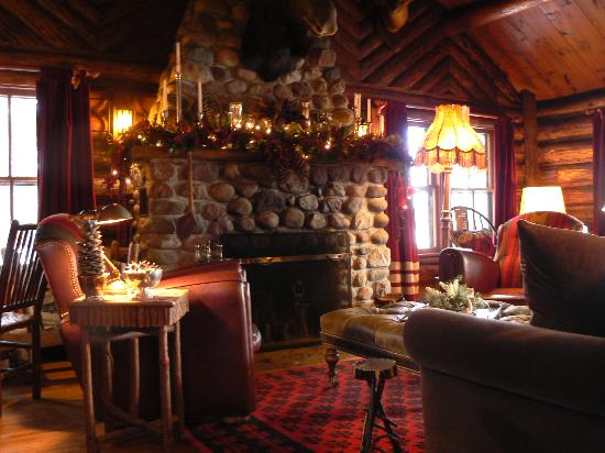 Spider Lake Lodge Bed & Breakfast Inn: One of the beautiful fireplaces.