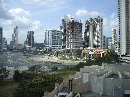 بنما: Panama City - Avenida Balboa